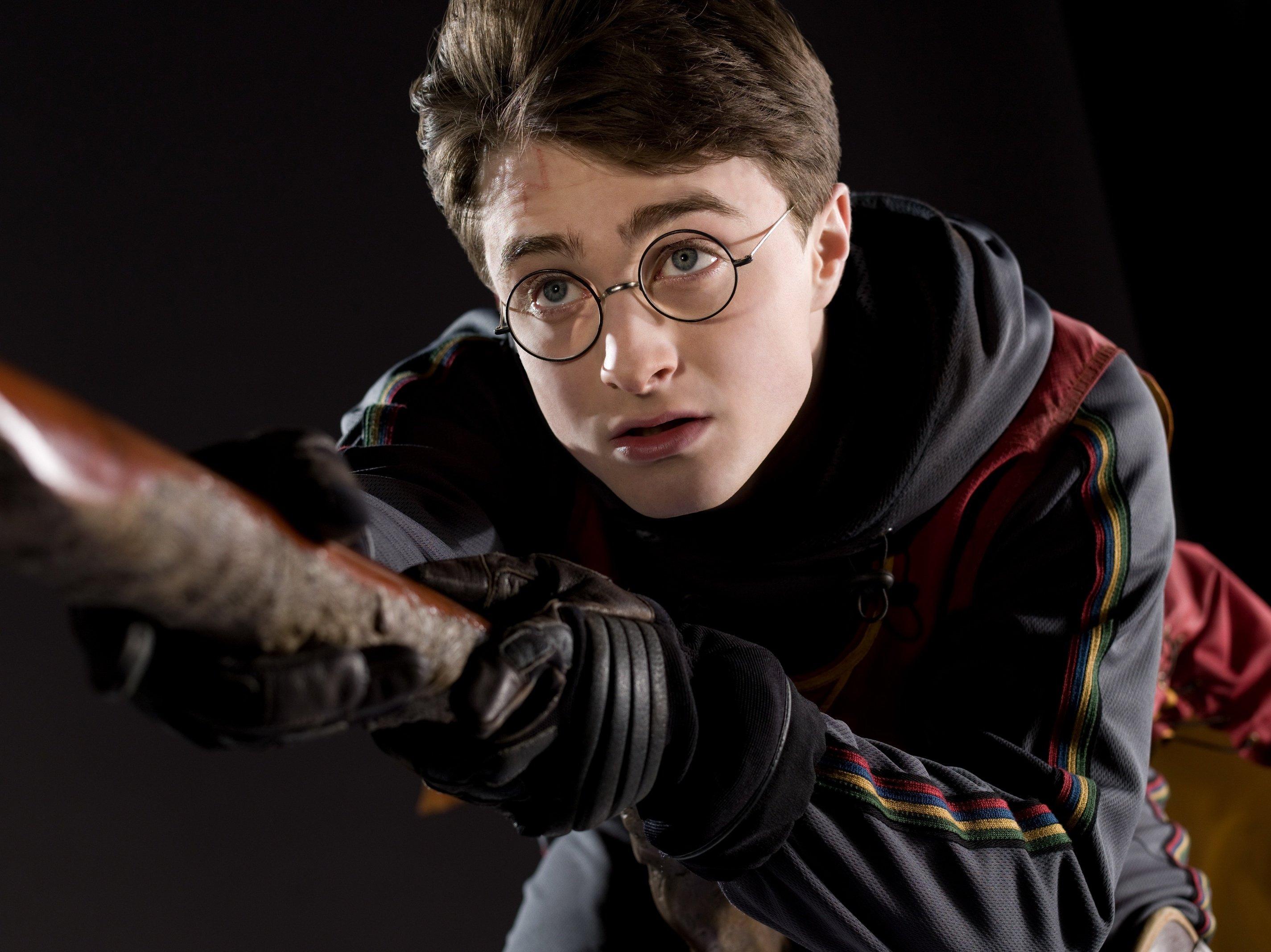 Harry_Potter_-_Quidditch_HBP_promo_2